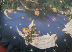 Lighted angel tree skirt