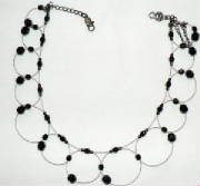 Round cicle w/black stone  necklace