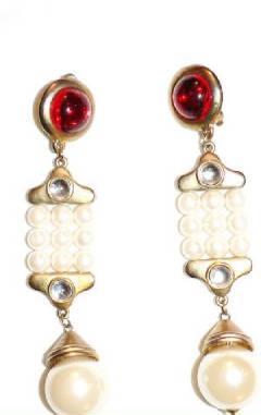 Long over size earrings